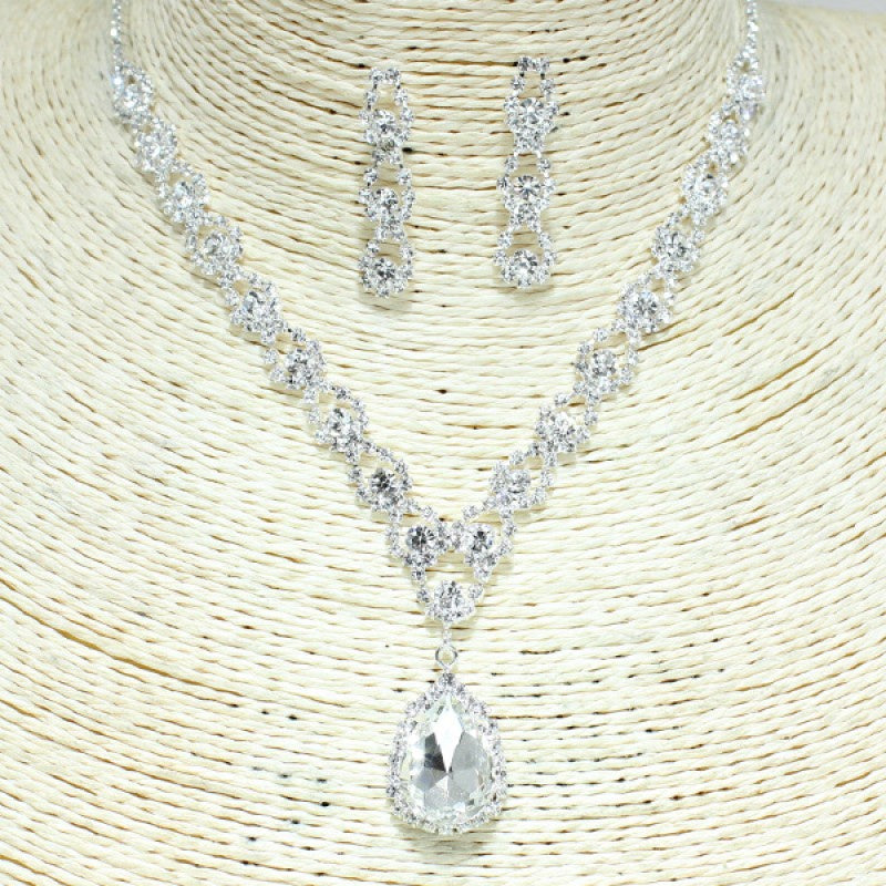 Silver Clear Necklace Set