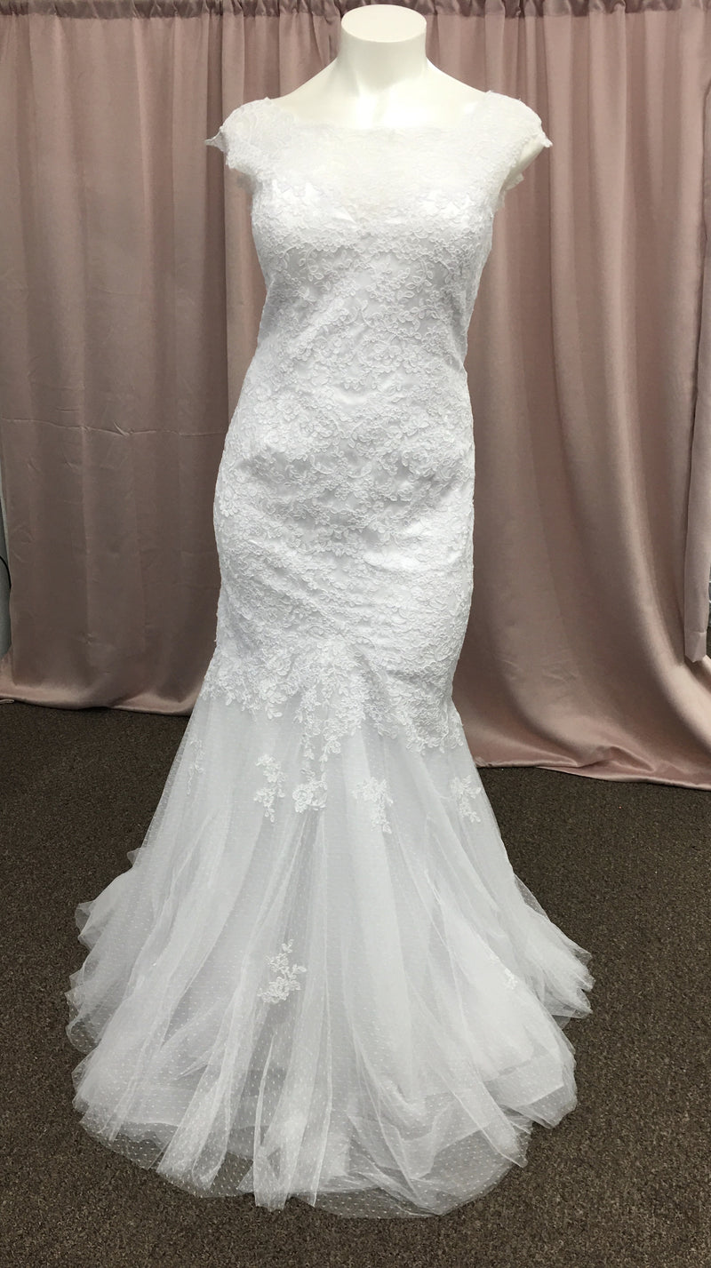 Ivory All Lace With Tulle Bottom