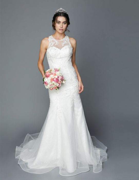 Sweetheart Illusion Neckline With Trumpet Court Train Wedding Gown