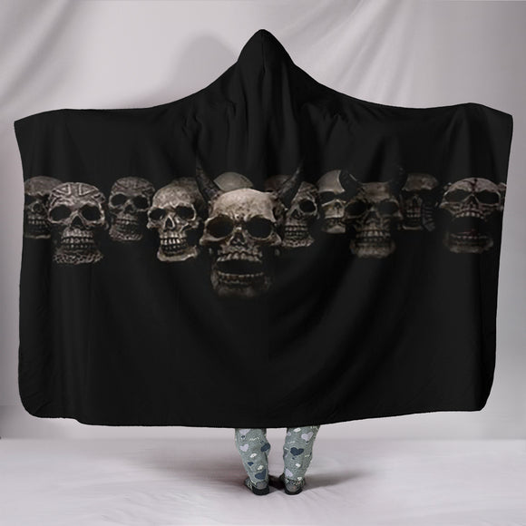 Hooded Blanket ~ Skulls