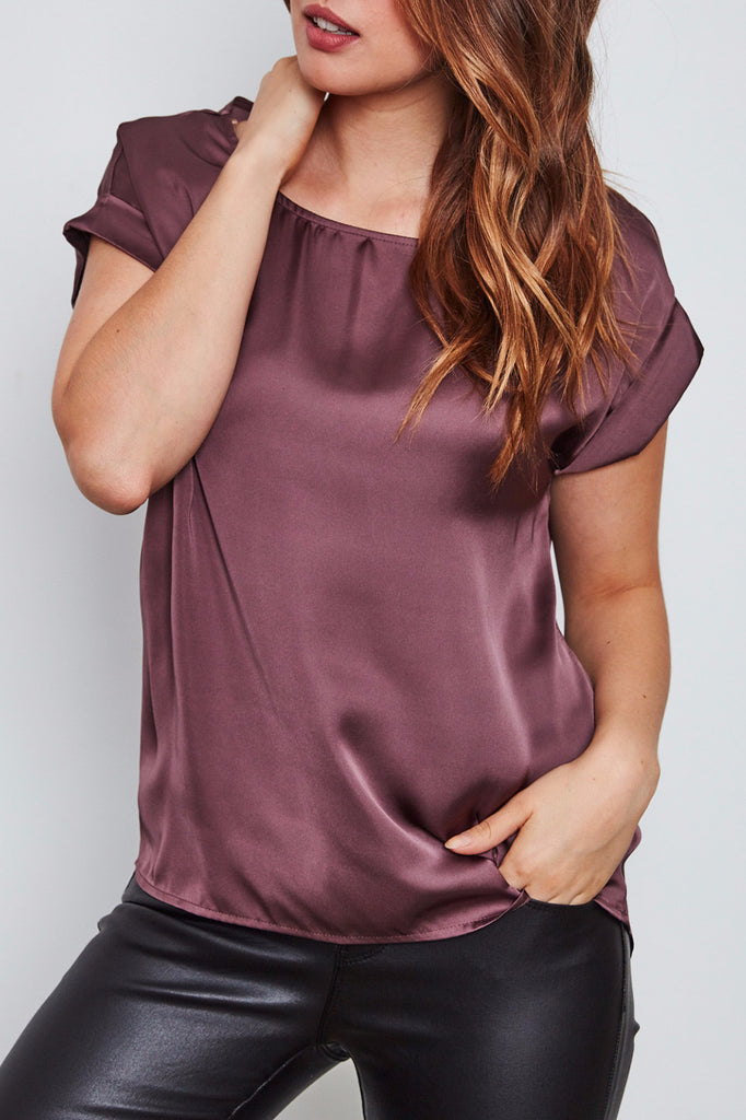 SATIN SCOOP NECK TEE