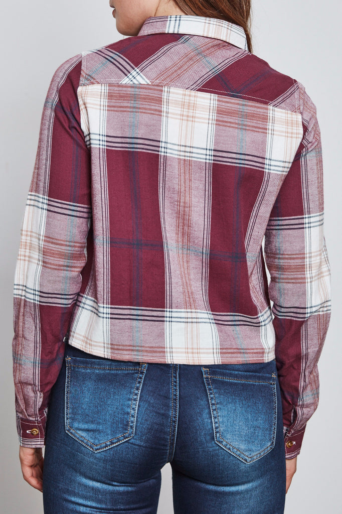 PLAID CROPPED BUTTON-DOWN SHIRT