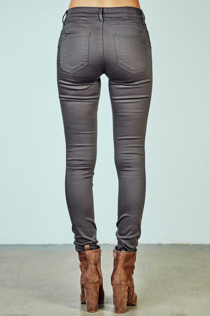 RIO LOW RISE BETTER BOOTY JEGGING - STYLE STEALS
