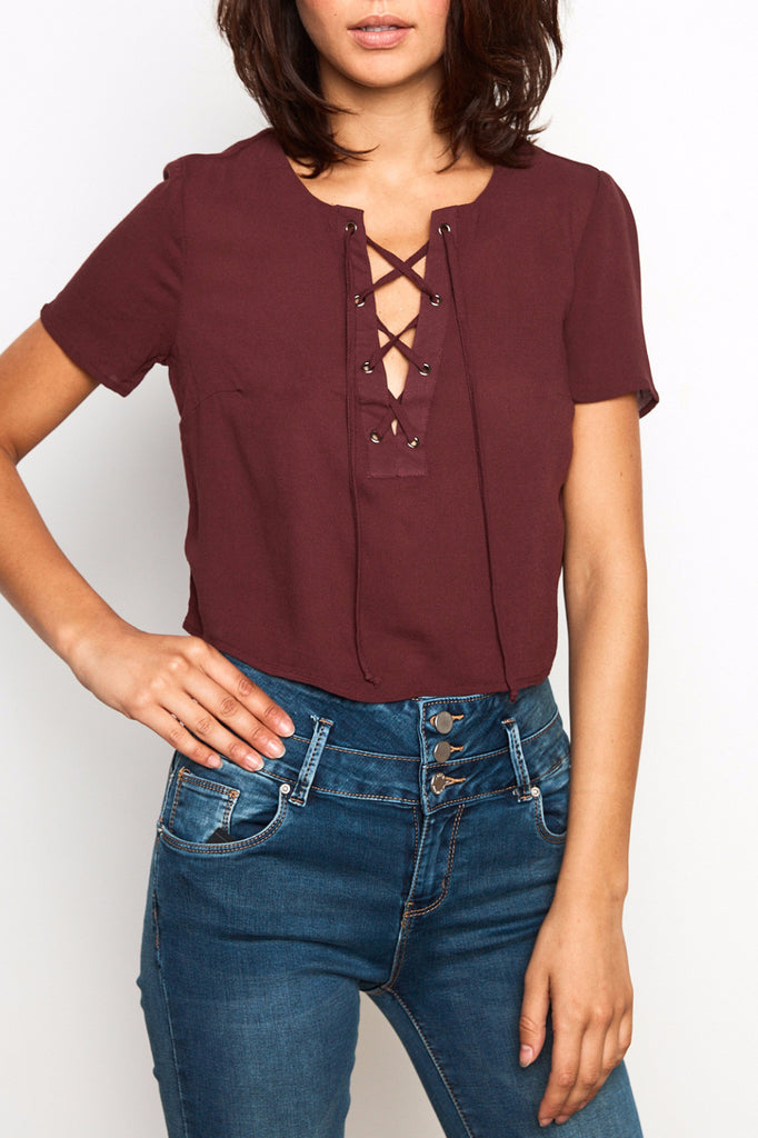 LACE-UP SKIMMER TOP