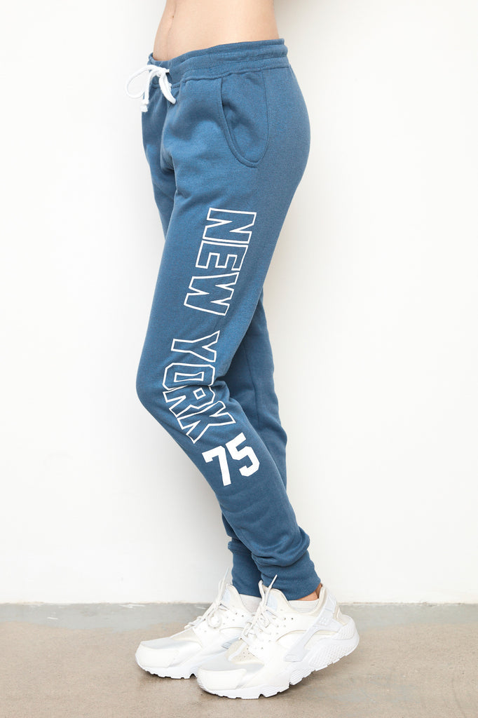 GRAPHIC TEXT CUFFED JOGGER