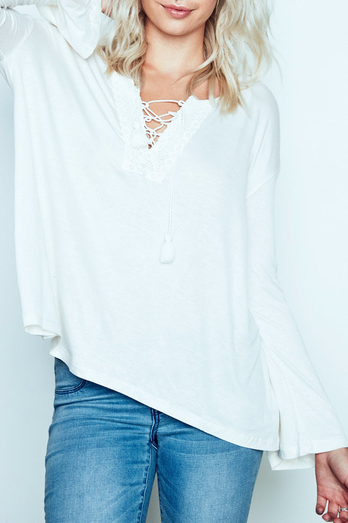 LACE-UP PEASANT SHIRT