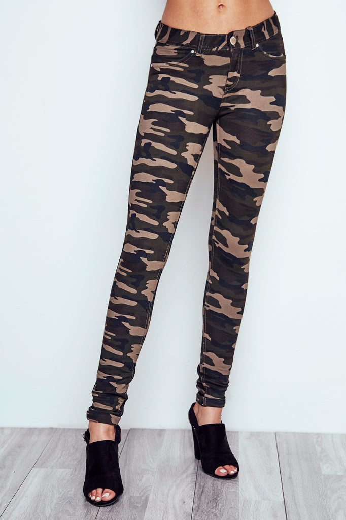 LONDON CAMO PRINT LOW RISE SKINNY JEAN - STYLE STEALS ITEM