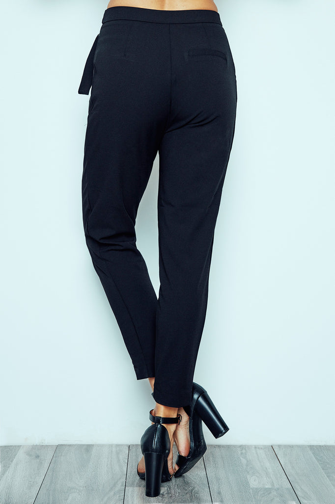CREPE BELTED PENCIL PANT