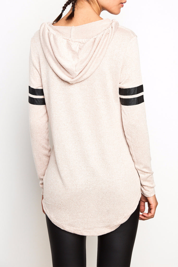 GRAPHIC HOODED VARSITY TOP