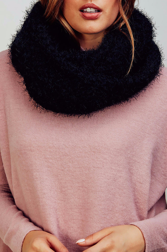 CHENILLE KNIT INFINITY SCARF