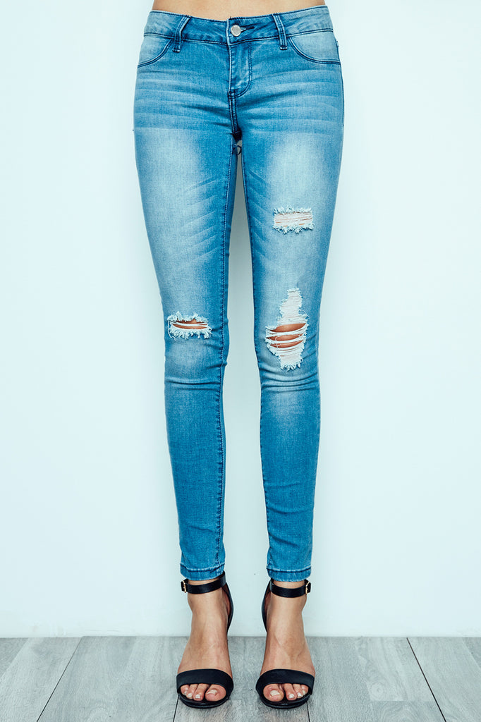 BRAZIL LOW RISE MEDIUM BLUE DISTRESSED JEGGING - PROMO 60% OFF
