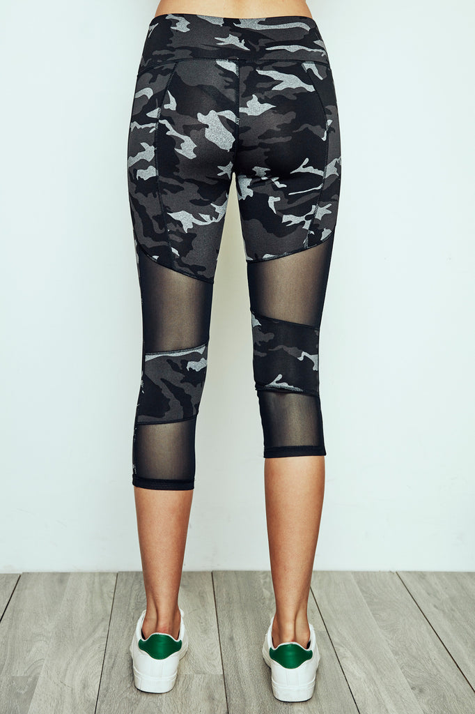 MESH PANEL ENERGY CAMO PRINT CROPPED LEGGING - PROMO 60% OFF