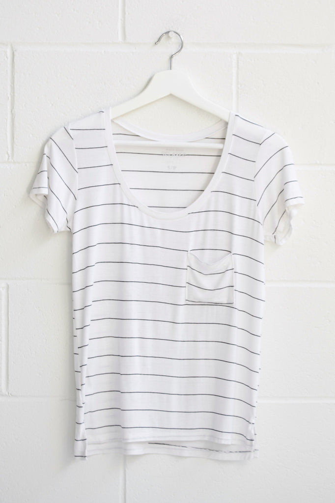 STRIPED RELAXED FIT POCKET TEE