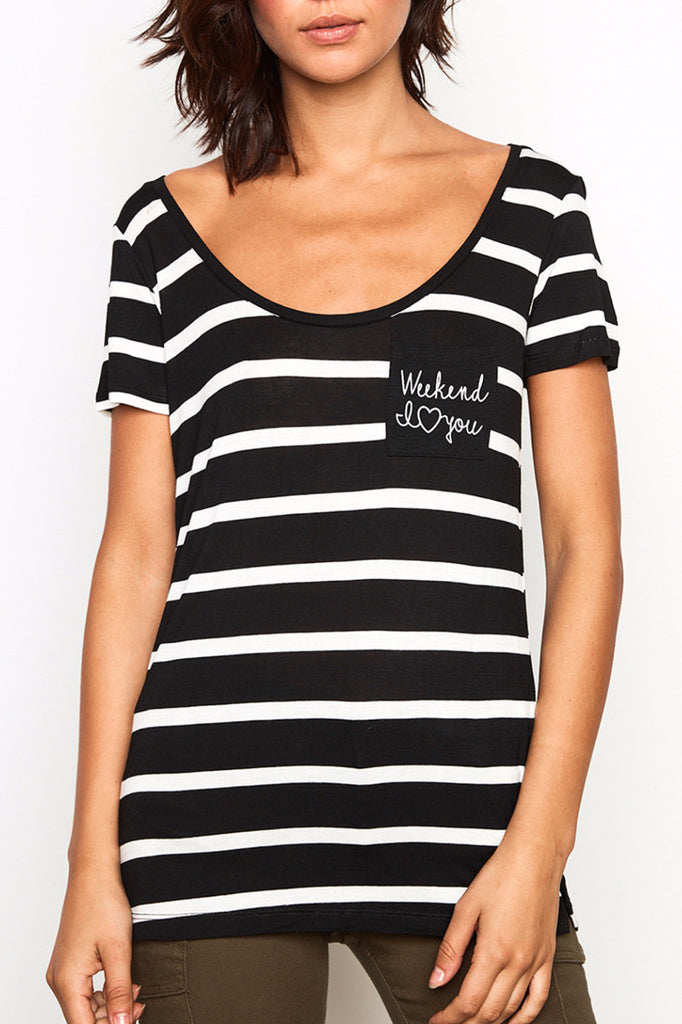 STRIPED POCKET GRAPHIC TEE - STYLE STEALS