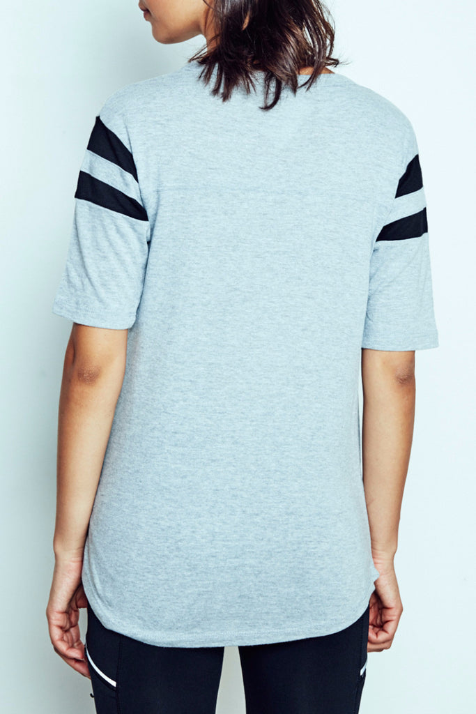MADE GRAPHIC STRIPED SLEEVE TEE