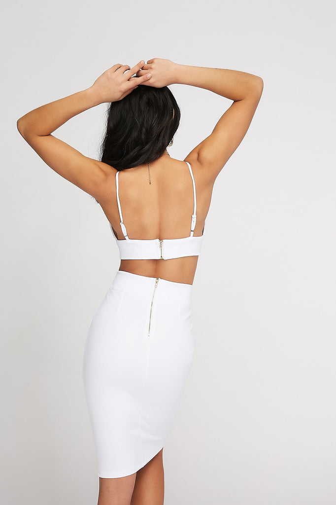 V-Neck Buckle Band Scuba Cropped Camisole