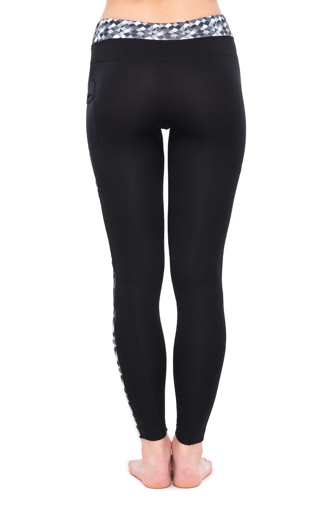 FORM FITTING ACTIVE LEGGING PANT