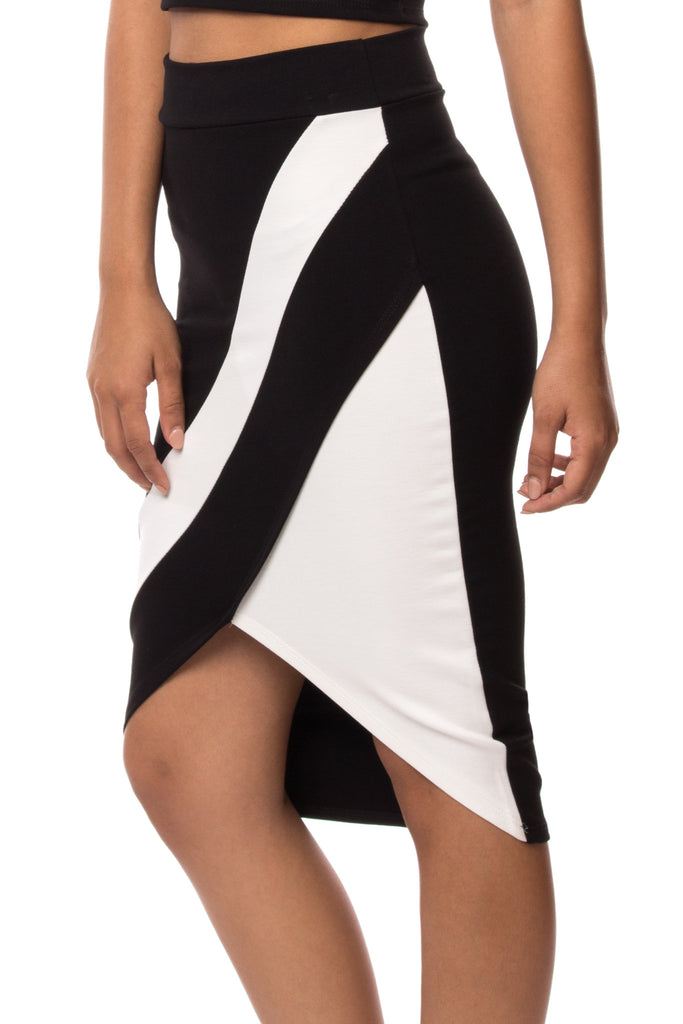COLOR BLOCKED WRAP FRONT MIDI SKIRT