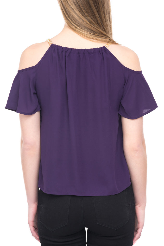 COLD SHOULDER TOP WITH SHORT SLEEVES AND CHAIN DETAIL