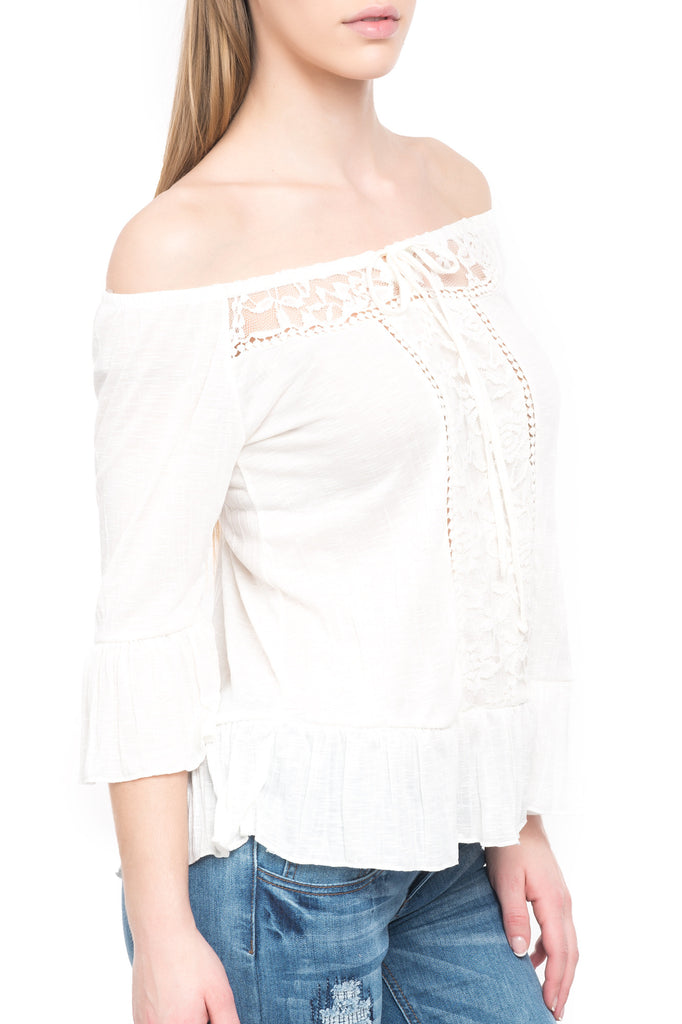 PEASANT TOP WITH LACE YOKE AND TRIM