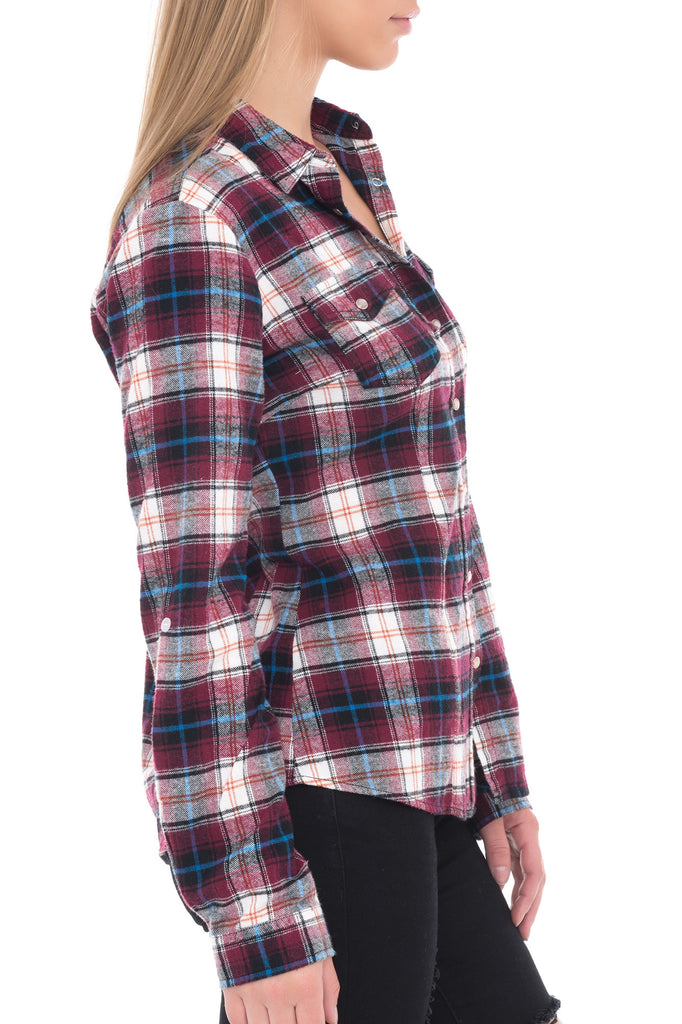 LONG SLEEVE PLAID TOP WITH SNAPS