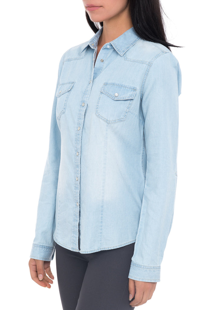 LIGHT DENIM BUTTON UP TOP WITH ROLL UP SLEEVES
