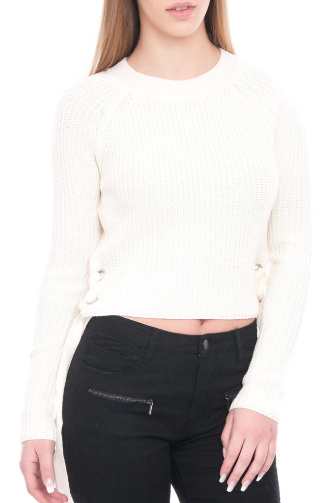 LONG SLEEVE SWEATER WITH LACE UP DETAIL ON THE SIDE