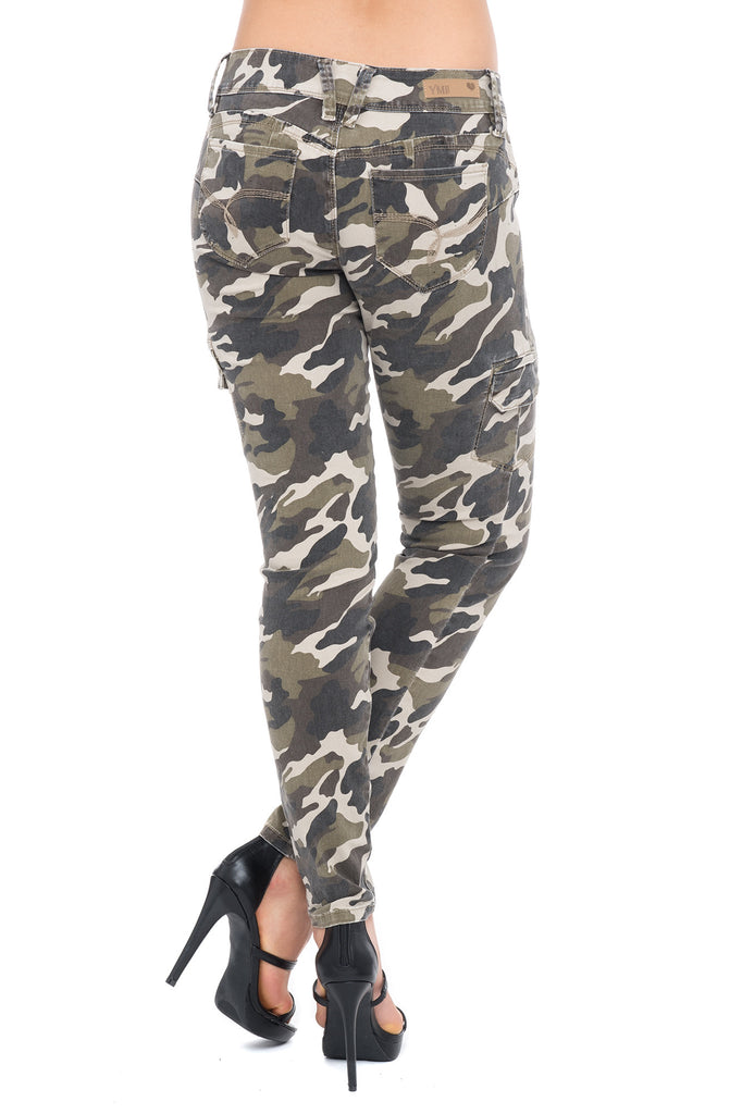YMI WANNA BETTA BUTT CAMO CARGO SKINNY JEANS - STYLE STEALS