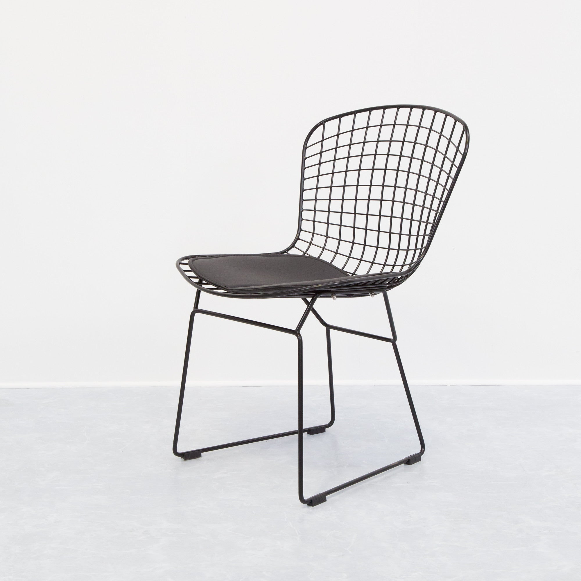 product wire chair diagonal chairs visitors b side dutchglobe en by from