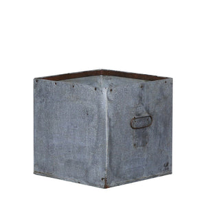 Flint Square Iron Planter | Large