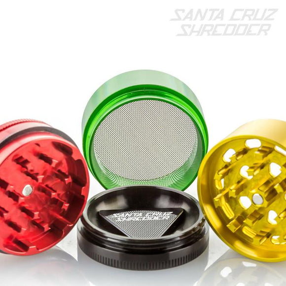 Santa Cruz Shredder 4 Part Rasta Medium  (2 1/8″ Diameter)
