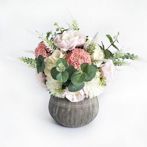 RENT Susan Vase Short with White and Dusty Pink Flower Arrangement
