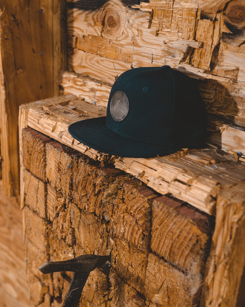 FAUX LEATHER CIRCLE PATCH RIPSTOP  HAT // 2 COLORS