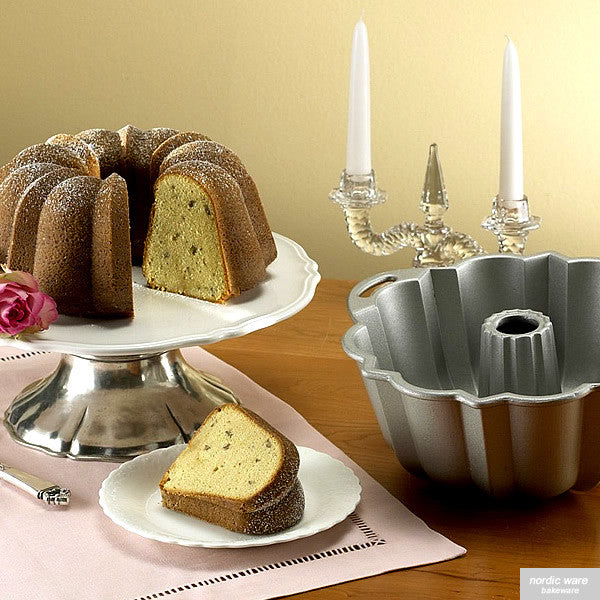 Anniversary Bundt Pan, Silver Collection