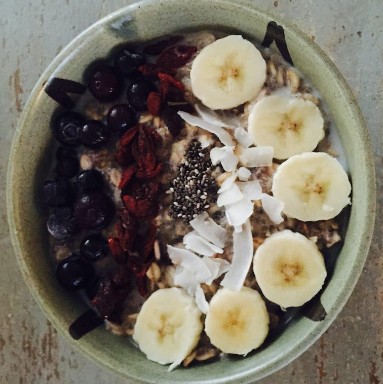 Blueberry and Cinnamon Protein Porridge