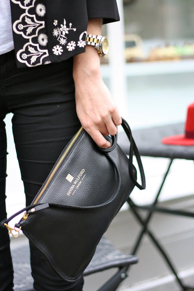 Essential Cross Body Bag - Black