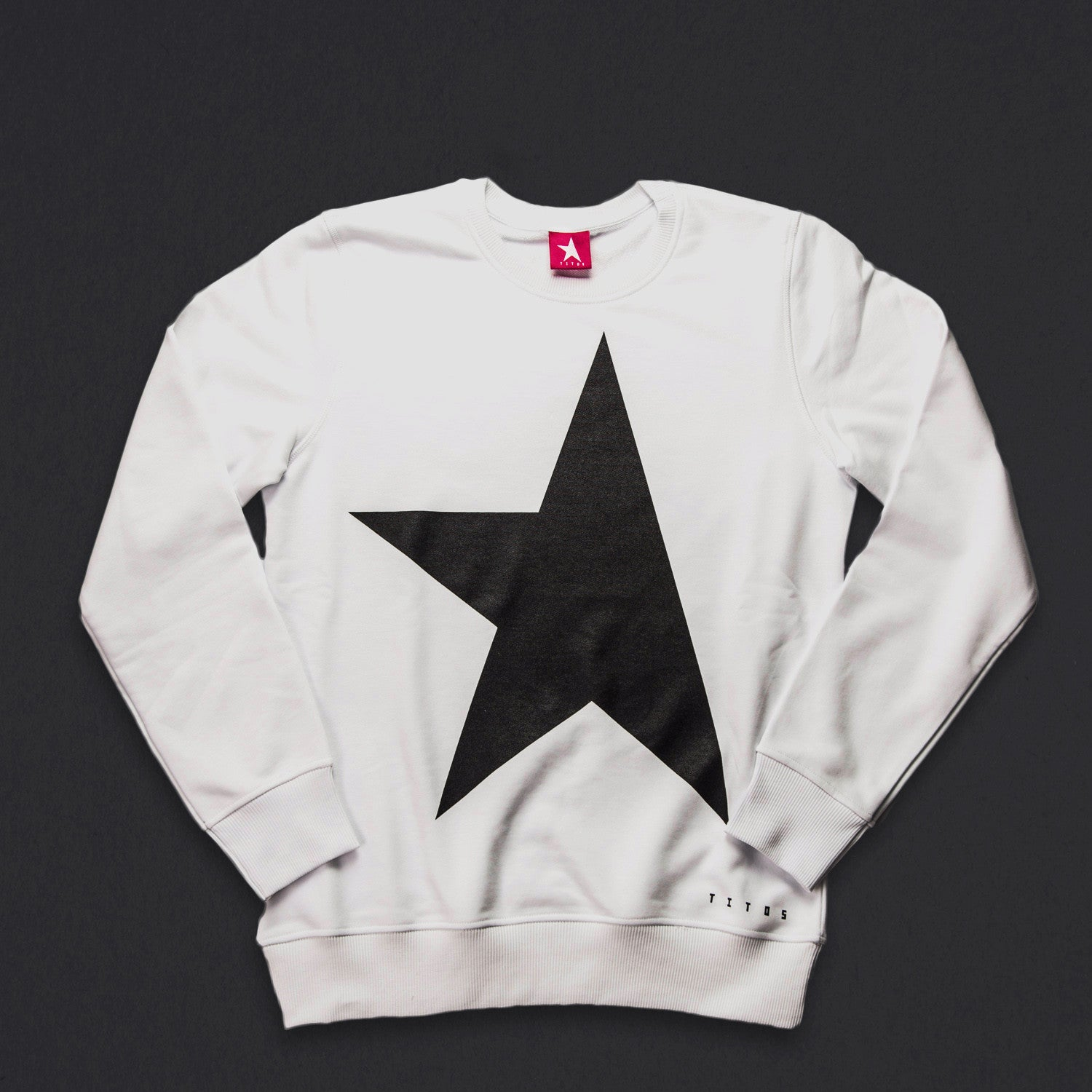14th women's TITOS crewneck white/black large star logo