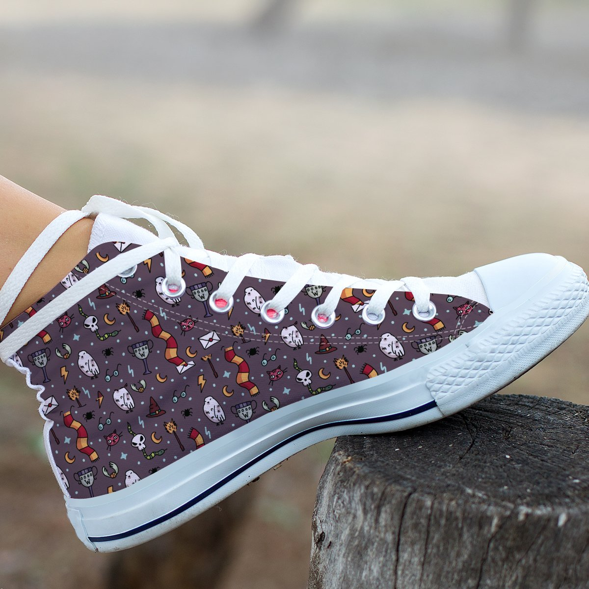Touch Of Potter Pattern Hi Top Shoes