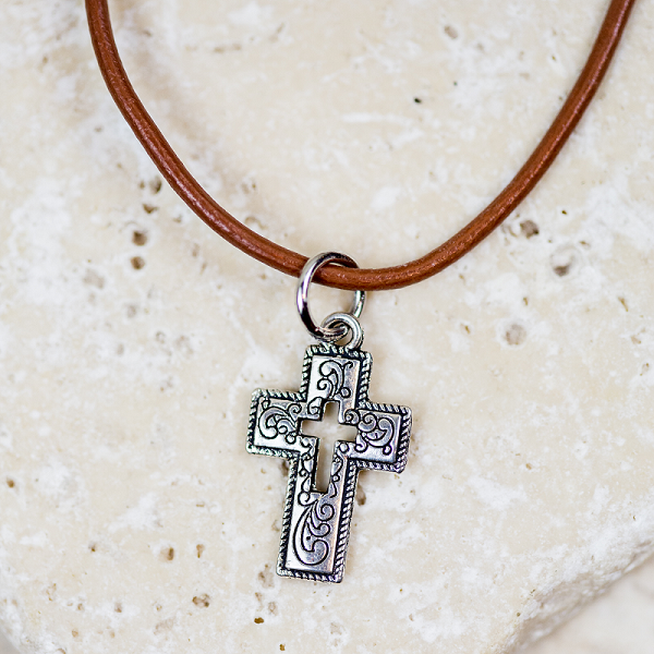 Handmade Cross Cross Choker Necklace