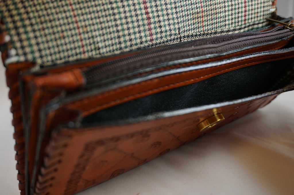 Clutches & Wallets – The Skipping Stone