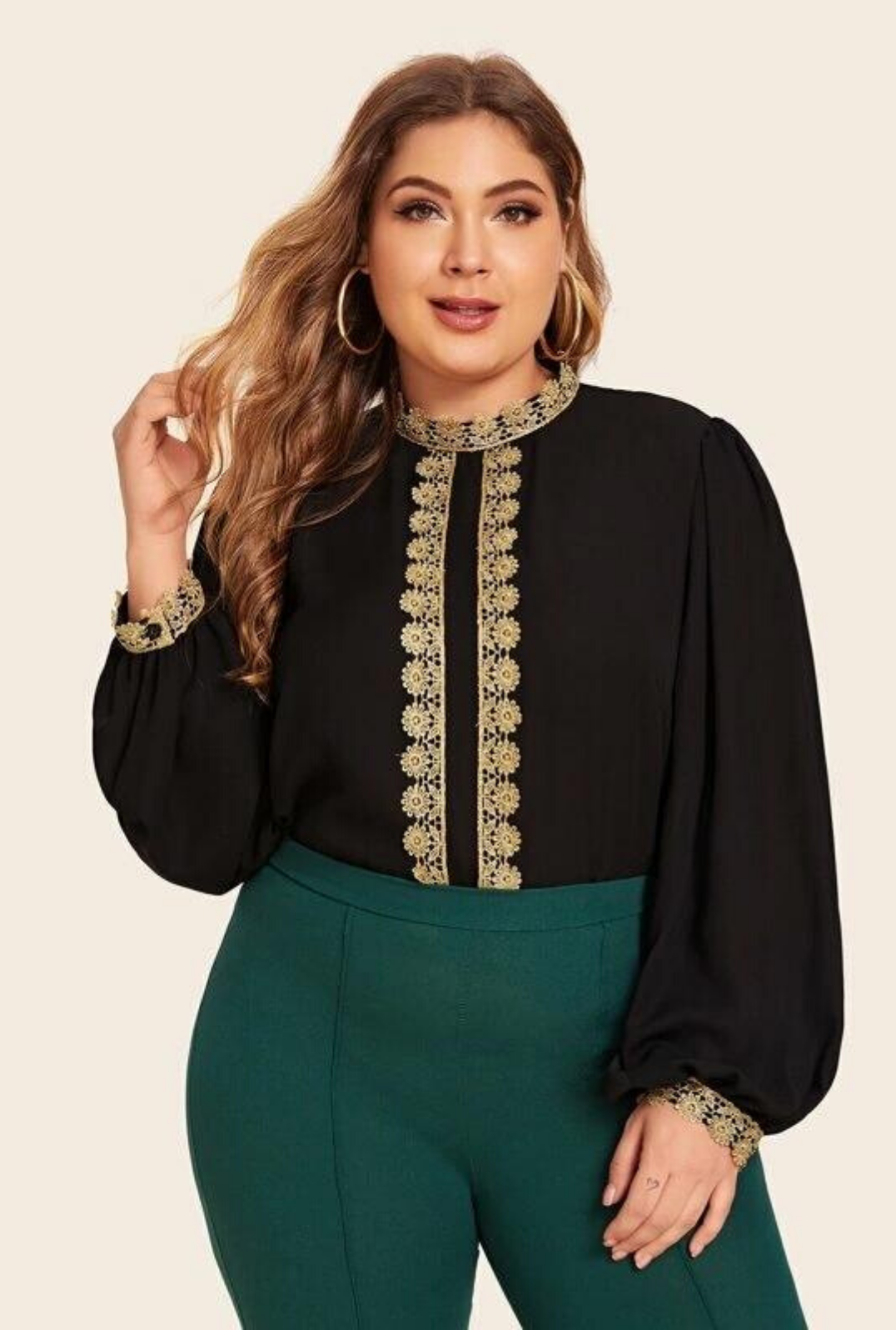 Plus Size Guipure Lace Applique Lantern Sleeve Top