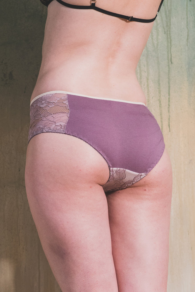organic ethical lingerie panty knicker sheer see through lace sexy everyday purple lilac cotton bamboo, culotte, mutandine, violet, pizzo, dentelle