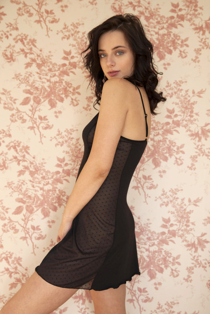organic ethical lingerie women slip, nightgown, everyday sexy erotic bridal honeymoon lingerie plus size, black, sheer, see through, dot, mesh, lace, organic cotton,bamboo, bambou bambu dentelle pizzo, lenceria, camicia da notte, chemise de nuit, nuisette, transparent, noir, nero, a pois, femme, underwear, pigiama, pajama, pyjama, notte, night