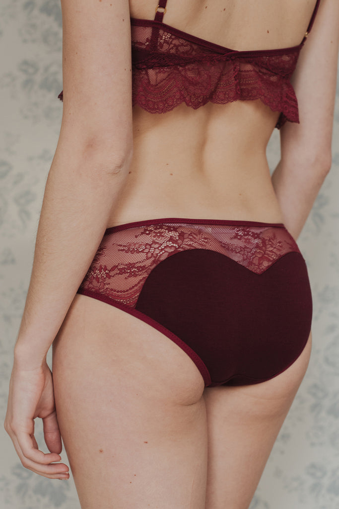 Daisy Burgundy Brief