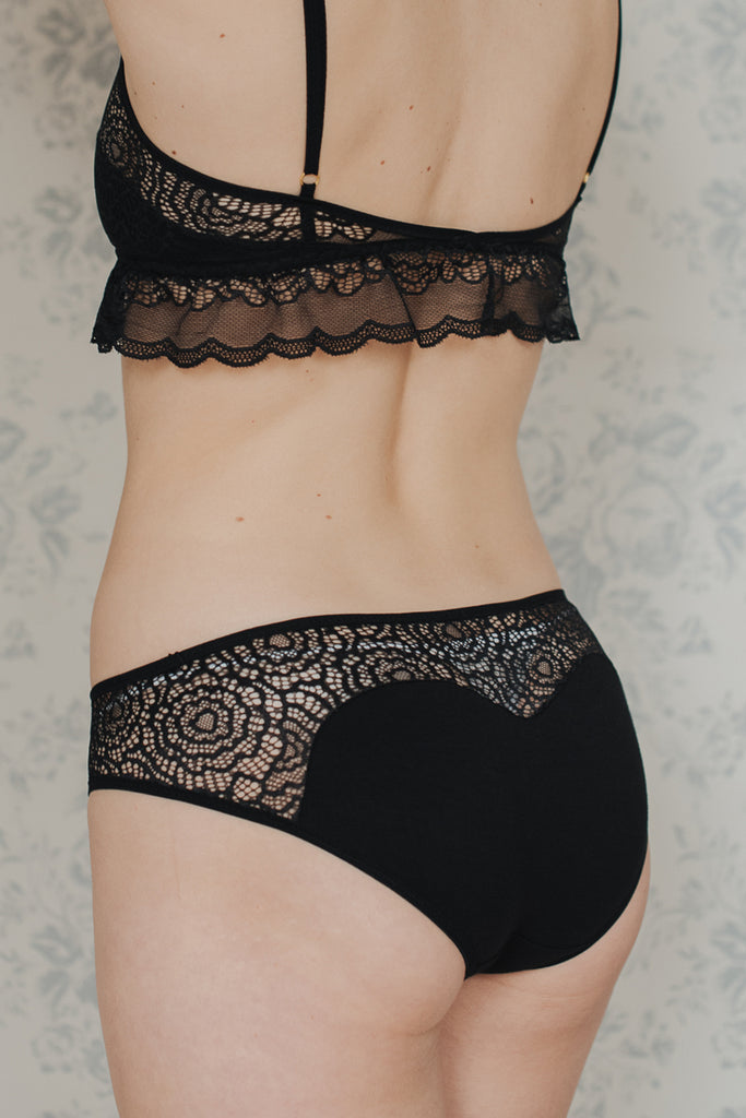 Daisy Black Brief