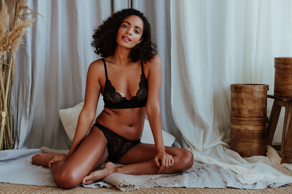 Emily Romance Bra & Brief Set