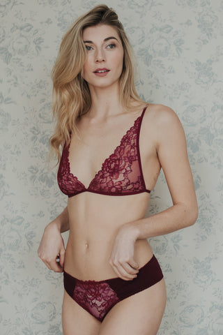 Daisy Burgundy Bra, Brief & Suspender Belt Set