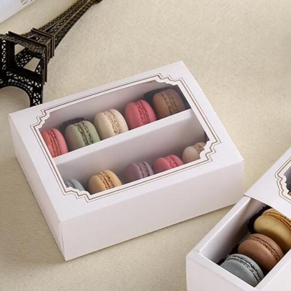 A Box fit 10 Macaroon with Clear Window