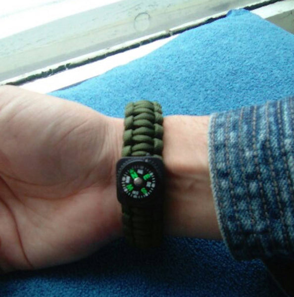The Outbound Paracord Bracelet