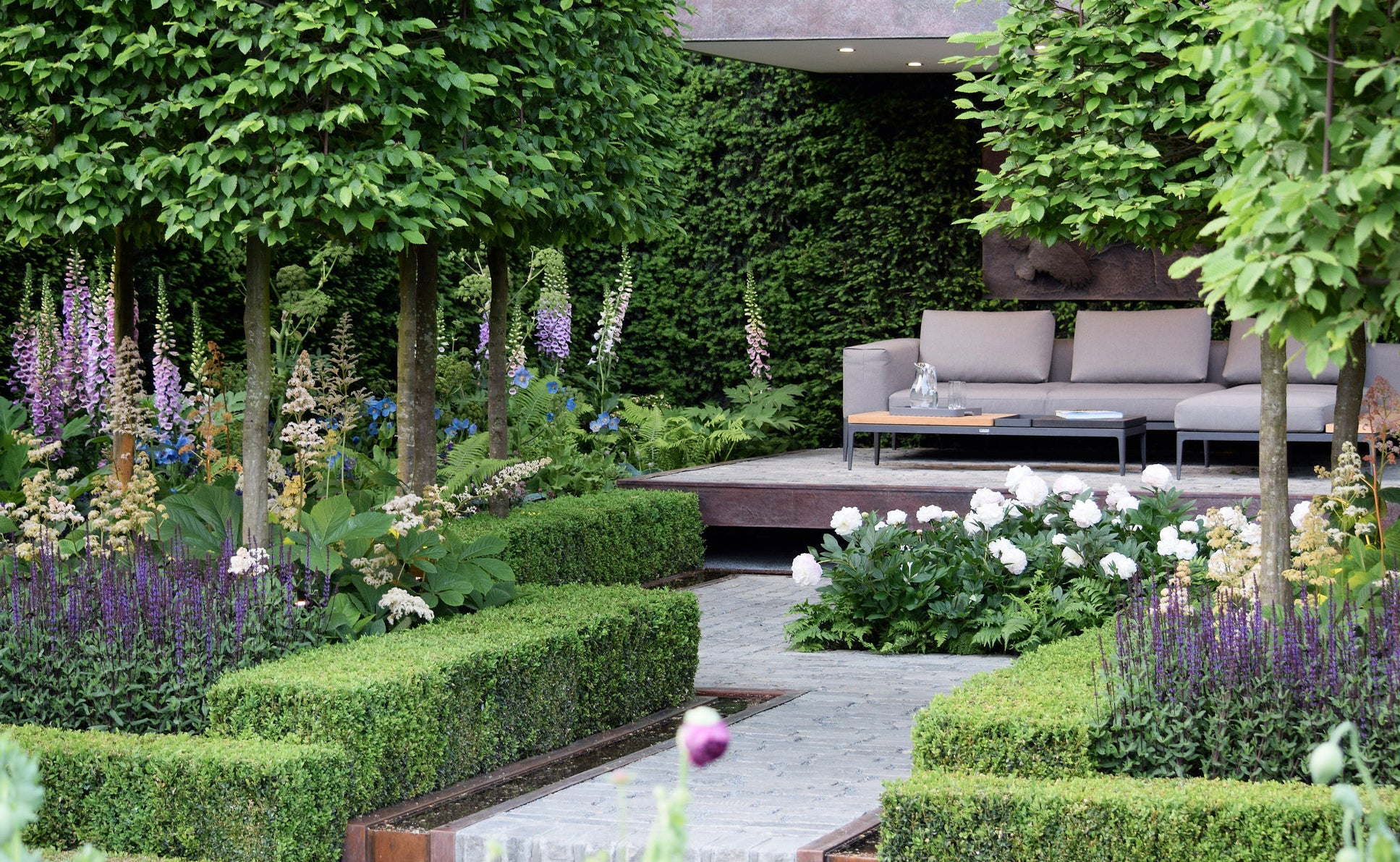 How To Create The Chelsea Look In Your Own Garden Farmer